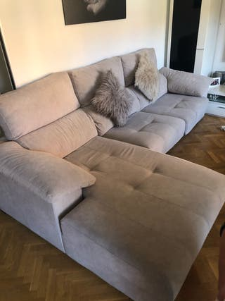 Sofá cheislongue gris.