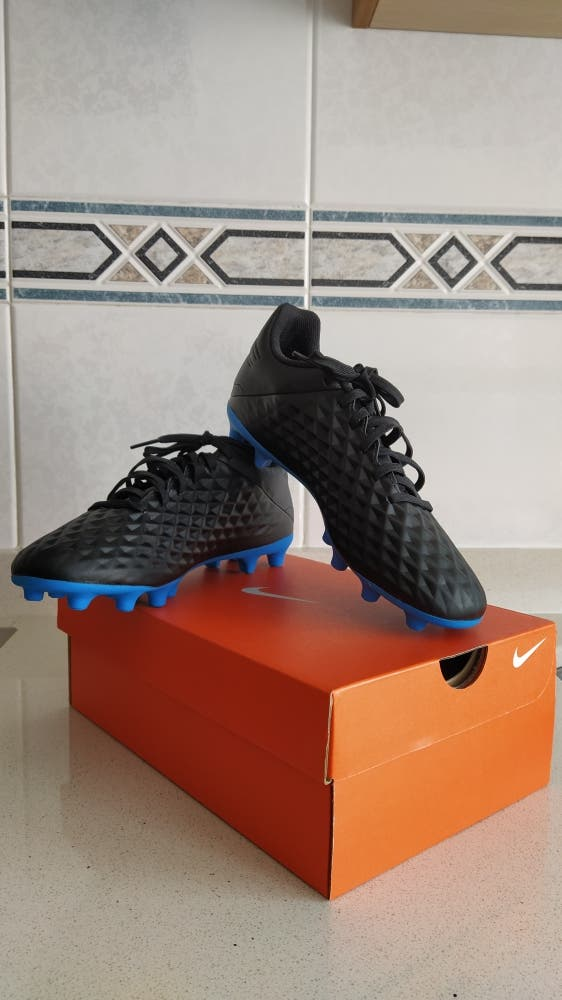 Zapatilla fútbol Nike