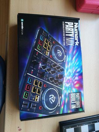 Dj controler Numark Party Mix