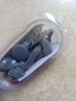 Auriculares de botón clásicos