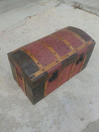 Baul de madera