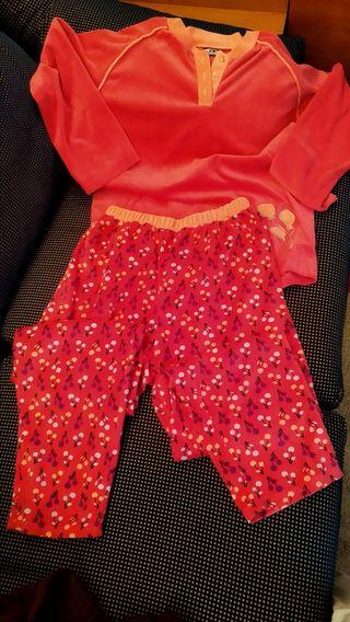 Pijama de terciopelo como nuevo