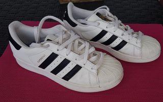 Envío incluido. Adidas Superstar