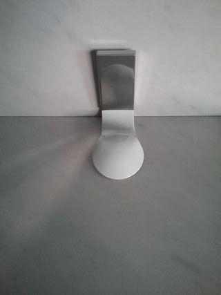 Percha baño blanca / Cromo