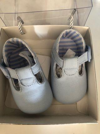 Zapatos bebe talla 15