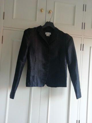 Traje Zara talla 38 negro falda americana chaqueta