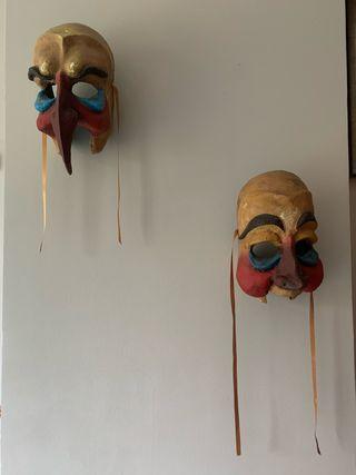 Máscara disfraz papel mache