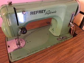 Máquina de coser refrey preferida de segunda mano por 150