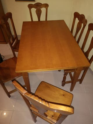 mesa de comedor y 6 sillas de madera de calidad