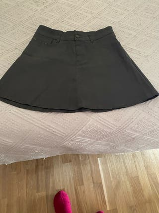 Falda de Zara prácticamente nueva