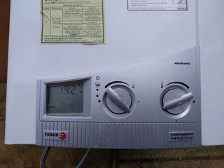 Calentador FAGOR (gas butano)