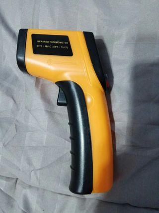 Termómetro digital láser nuevo