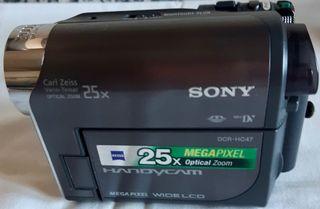 Cámara de vídeo Sony Handycam DCR-HC47E