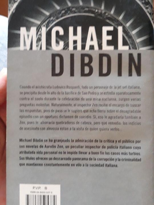libro Muerte de diseño. Michael Dibdin.
