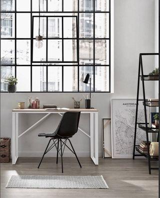 Mesas escritorio natural. Estilo nordico