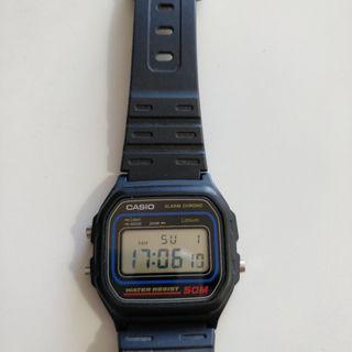 Reloj Casio 590 W-59