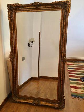 se vende espejo antiguo