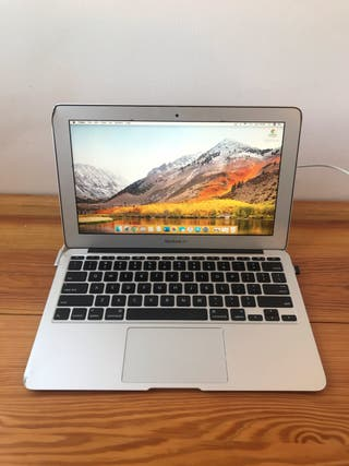 """MacBook Air (11"""", Mid 2011)"""