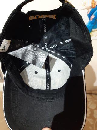 Gorra de Gucci original.