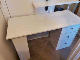 desk + desk chair