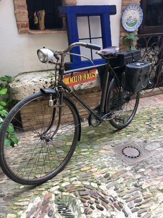 Antigua bicicleta correos cartero Dal ideal museos