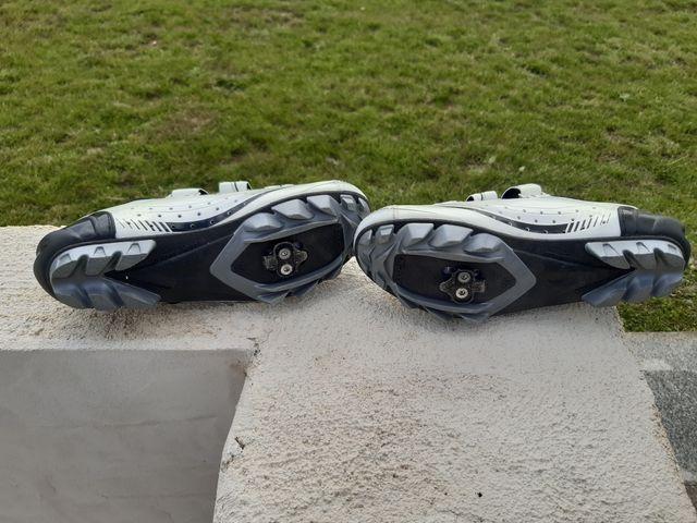 Zapatillas para bicicleta de montaña Luck