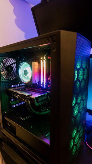 Pc Gaming *Promoción* AMD Ryzen 7 2700x