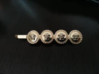 pinza para el pelo de Versace último precio!!
