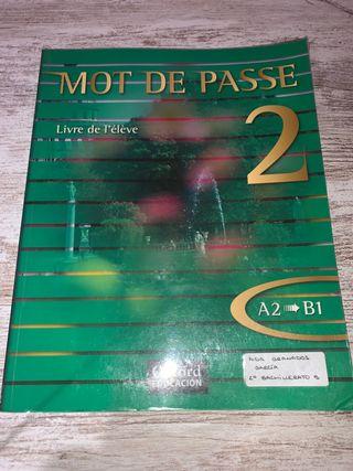 Libro de francés Mot de Passé 2 Bachillerato