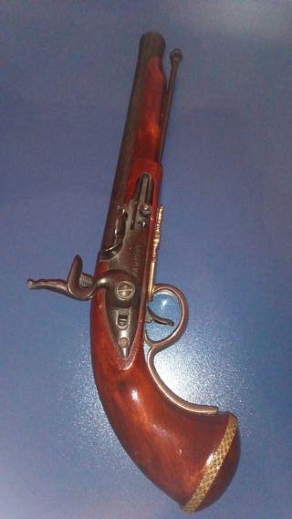 Pistola Hawkins