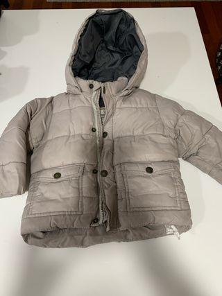 Abrigo beige Zara con forro polar niño 11-18 meses