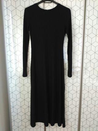 Vestido largo negro de Zara Talla M