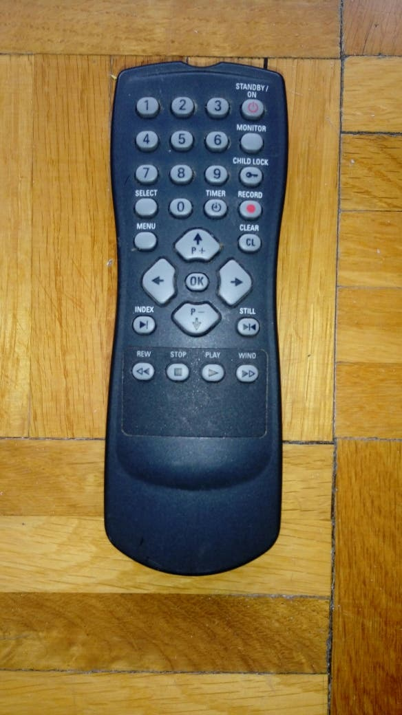 Mando vídeo VHS Schneider modelo SVC 215