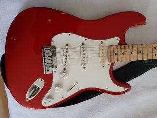 Guitarra Fender Stratocaster