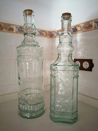 3 Botellas cristal diferentes