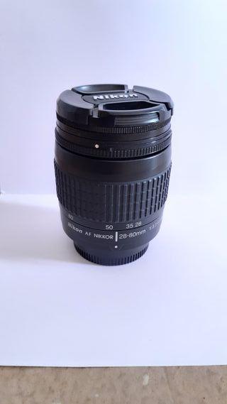 Objetivo Nikon 28-80mm 1:3.3-5.6 G