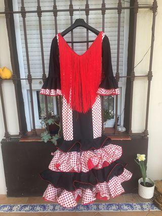 Traje flamenca T38