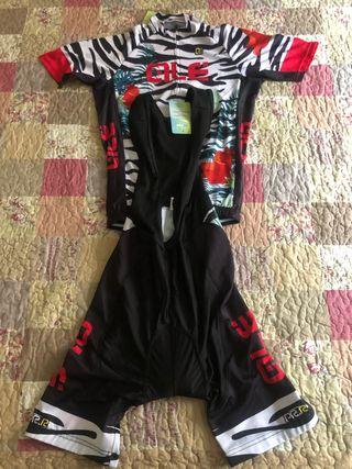 Jersey y pantalón ciclismo