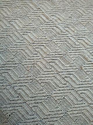 Retal de tela blanca gruesa con cuadros de lana