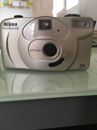 Cámara de fotos nikon nice touch 6