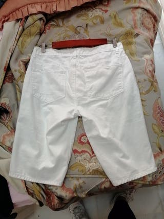 pantalon blanco pirata