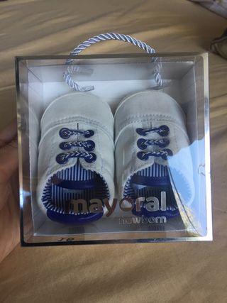 Zapatillas MAYORAL nuevas talla 16