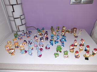 lote de59 figuras huevos Kinder
