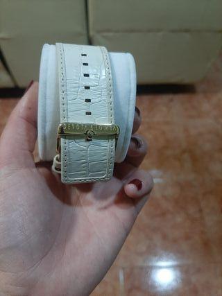 IDEAL DIA DE LA MADRE. Reloj marca Devota&Lomba
