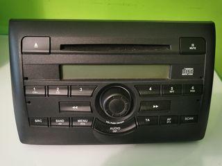 REGALO Radio CD original Fiat Stylo
