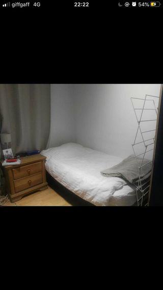 Urgent: single divan bed + super comfy mattress