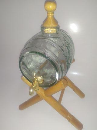 Barril de vino de cristal vintage