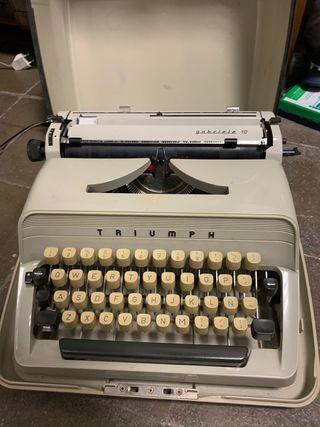 Maquina de escribir Triumph Gabriele 10