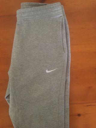 Pantalón gris Nike Talla M