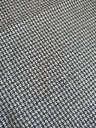 Retal de tela de cuadros muy finos azules y blanco